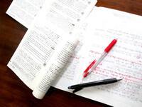 英文法の問題で成績が悪く、勉強もつまらないので苦手なまま。英文法の勉強法やオススメ参考書を教えてください。