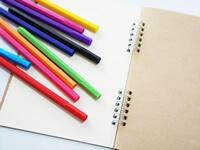 カラフルなノートはだめ?ノートの色分けの仕方・良いノートの取り方を教えてください。